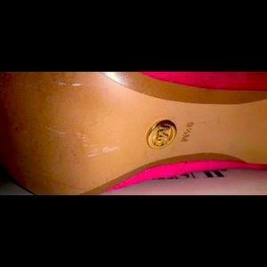 Michael kors silk pink heel